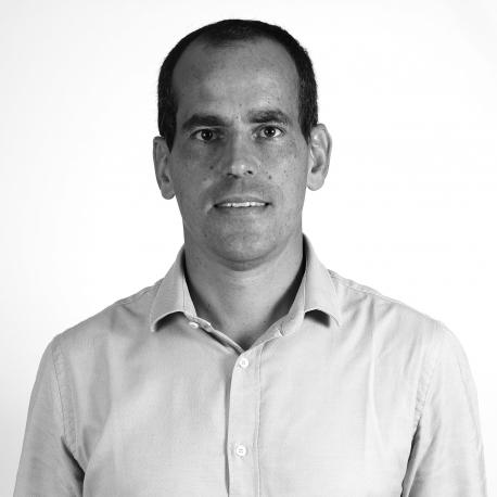 JULIÁN DE LUCA